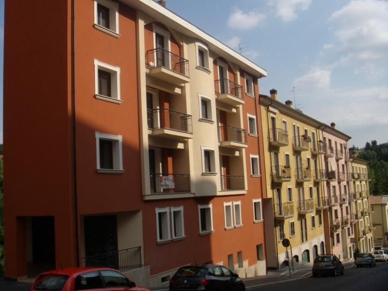 Locale Commerciale, Via Sant'Antonio Abate, 11-Avellino